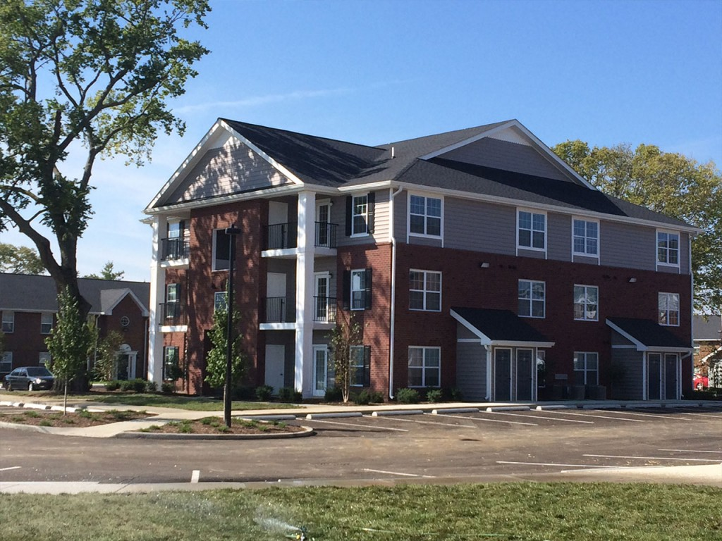 1 Bedroom Apartments Bloomington In Monarch Crossing Columbus Indiana Freeman Development